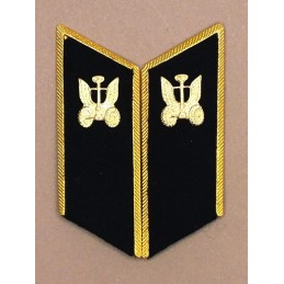 Collar tabs of Vehicles Troops for official uniforms with tabs