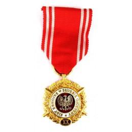 """Medal """"Siły Zbrojne w Służbie Ojczyzny - XX"""" złoty"""