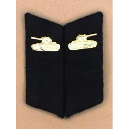 Patki do powszednich mundurów Wojsk Pancernych z korpusówkami