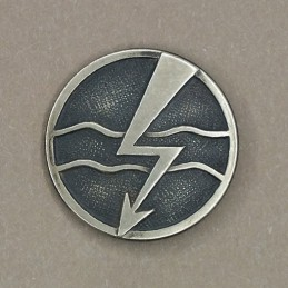 "Insignia/badge ""Contact Troops"" - right"