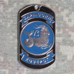 Stalowy Nieśmiertelnik-Koziorożec, emaliowany