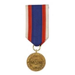 """Medal """"MSW W służbie narodu 30 Lat"""" - złoty"""