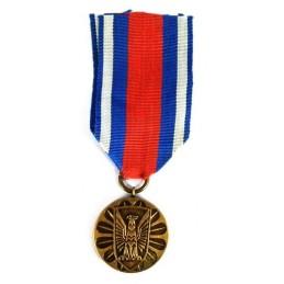 "Medal ""Za Zasługi w Obronie..."